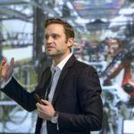 Ben Redwood, coautor del libro The 3D Printing Handbook y director en 3DHubs impartió la conferencia inaugural de Aditiva 4.0 en 2018.
